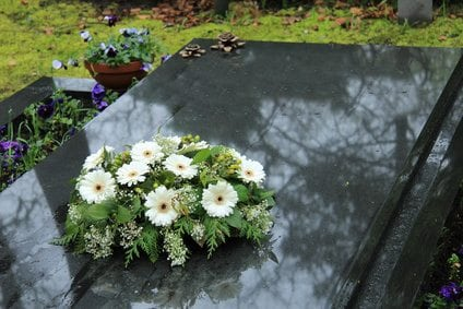 how to find out if deceased mother had life insurance